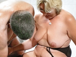 German Granny takes a young cock - MMVFilms