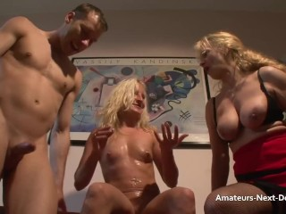 Small framed bloned lets older lady watch her being fucked