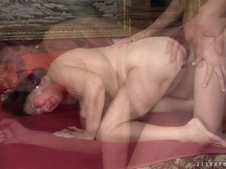 21Sextreme Video: Granny Game