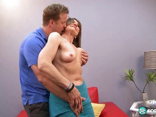 Donna Davidson: Experience Comes With Cumming - 60PlusMilfs