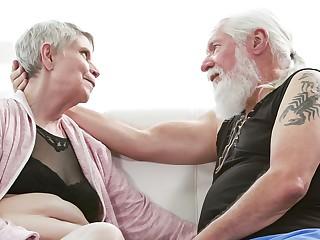 Bonnie Nilsen & Joel Kann in jessica drake's Guide to Wicked Sex: Senior Sex Scene 1 - WickedPictures